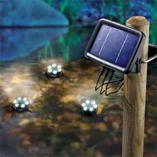 Solar-powered underwater spotlights Splash